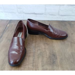 Etienne Aigner Brown Townsend Loafers ~ Size 7N